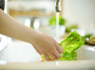 Cách diệt sạch vi khuẩn trong bếp